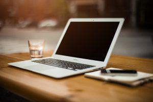 Czy można tanio kupić laptop?