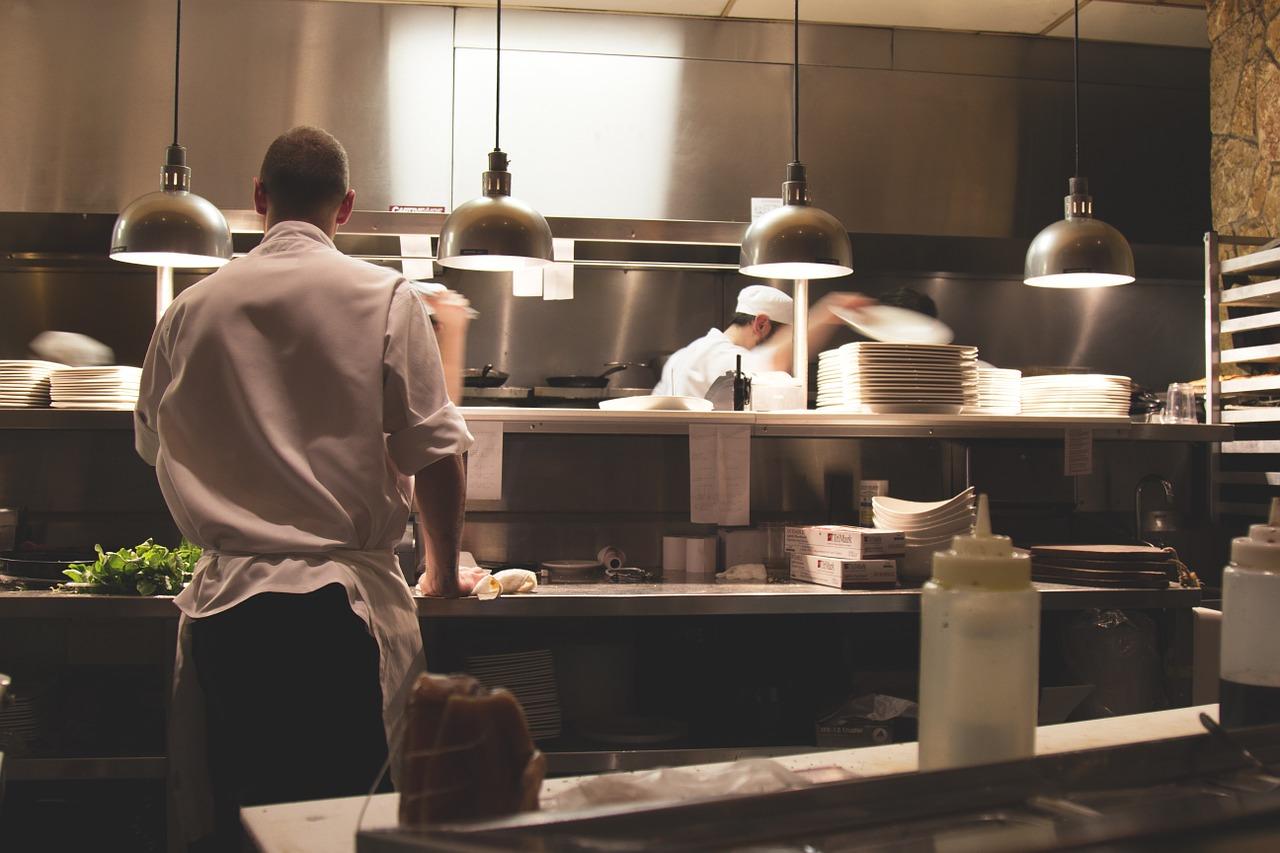 Jaki piec do kuchni w restauracji?
