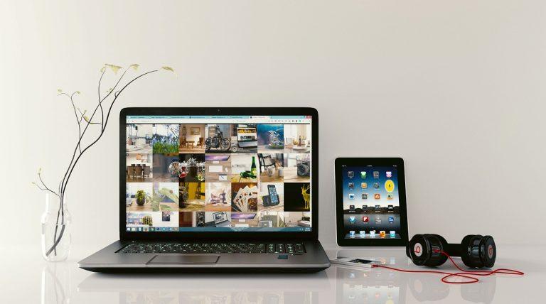 Czy opłaca się kupić laptop powystawowy?