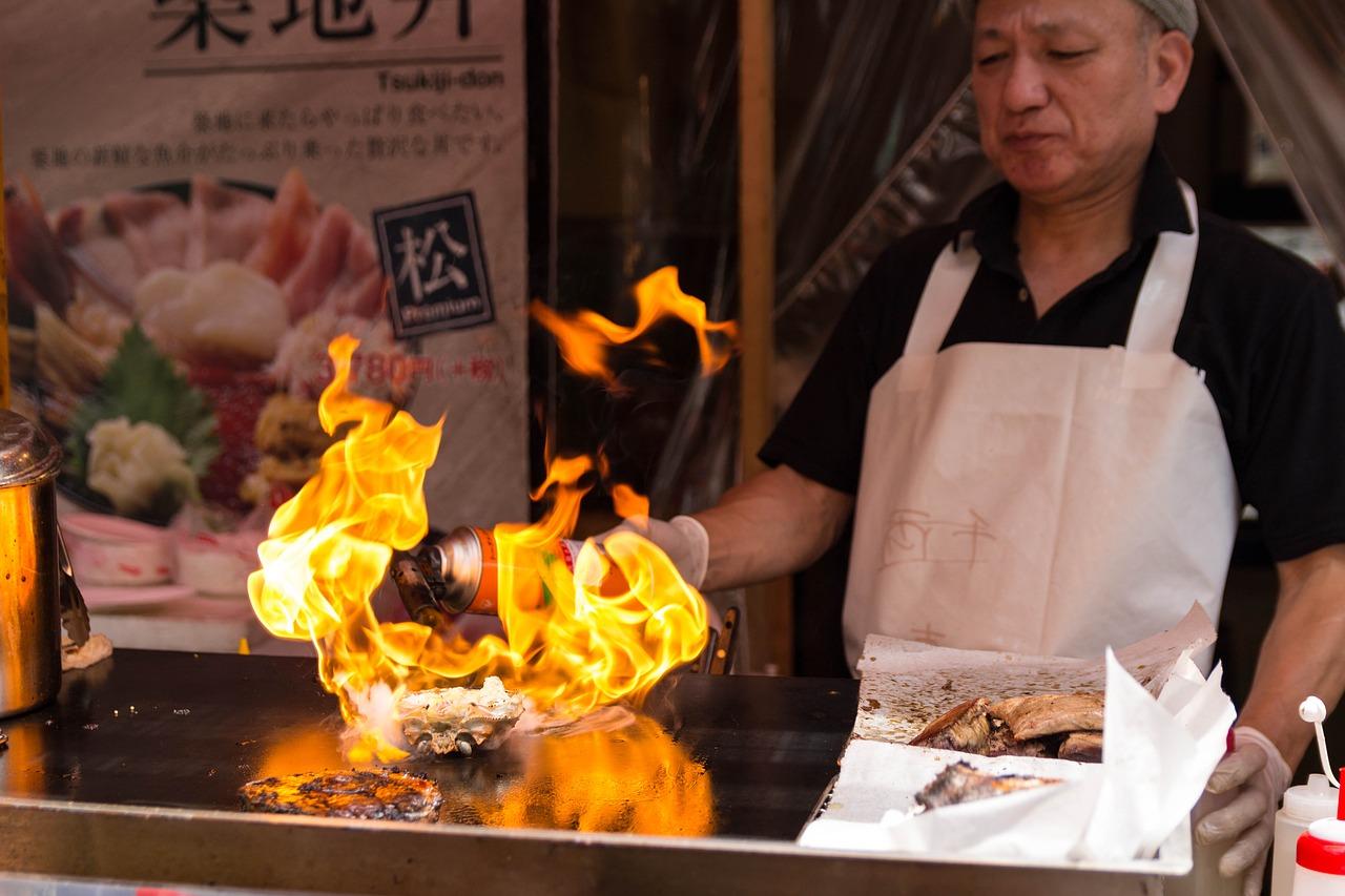 Praktyczny i wygodny grill gazowy w restauracji