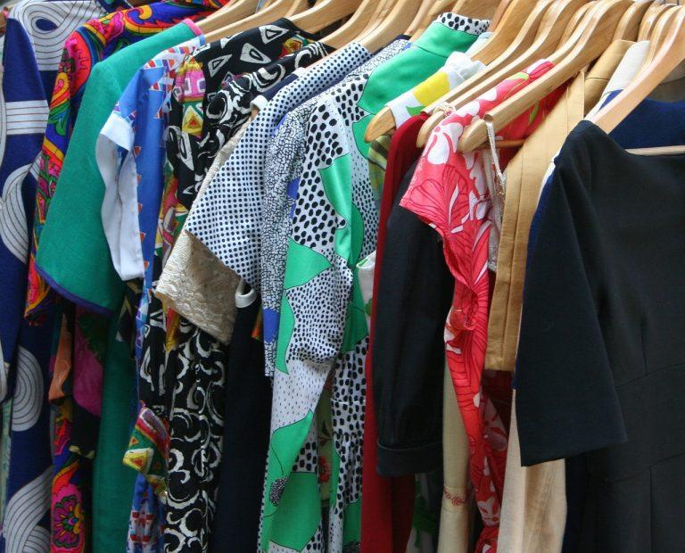Butik z sukienkami: na co zwracać uwagę?